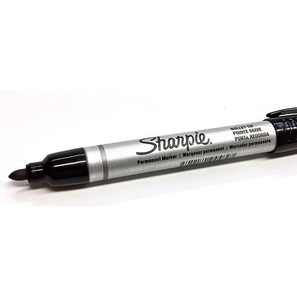 metallkorpusega Sharpie marker